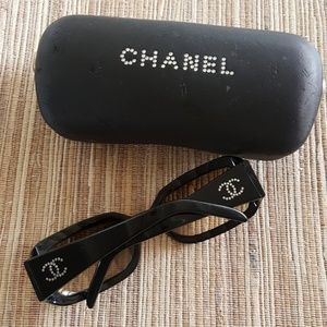 CHANEL Swarovski Crystal 5064-b Sunglasses